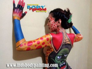 Training Indo body painting 1 Fla