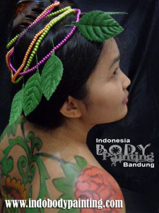 Colorfull Batik Body Painting 2